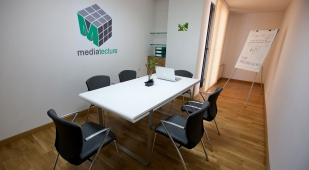 Mediatecture LTD_conference room