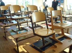 Мобилна мебел - лесно почистване и преместване