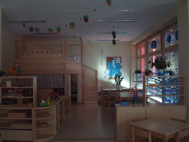Стая за игра и почивка - двуетажна къщичка за криеница, сън, игра